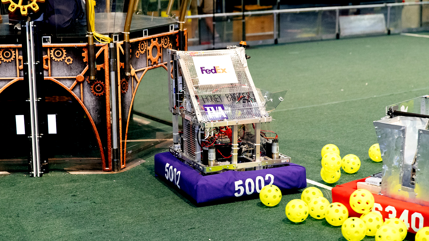 Robot at FedEx Innovation Challenge
